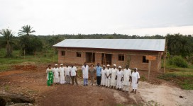 Secondo edificio del blocco scuola infermieri a Wamba R.D. del Congo